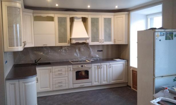 Кухня угловая белая МДФ
